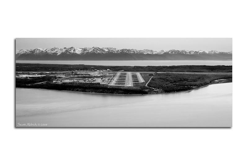 Anchorage International RWY 14.