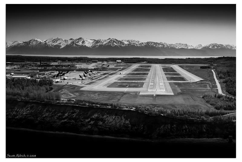 Runway 14 at Anchorage International.