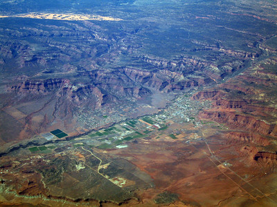 Kanab, Utah. Vermillion Cliffs and Coral Pink Sand Dunes in background. 9 Apr 2007.