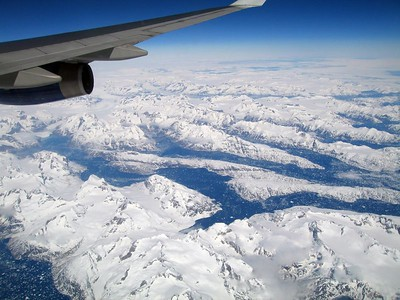 east coast of Greenland, King Frederik VI Coast, 4 May 2005