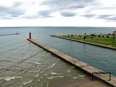 Kenosha Lighthouse and Harbor Entrance  © Copyright m2 Photography - Michael J. Mikkelson 2009. All Rights Reserved. Images can not be used without permission.
