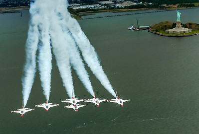 Thunderbirds Over Statue of Liberty