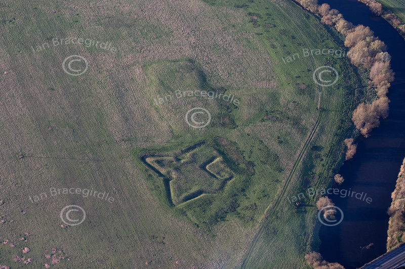Aerial photo of Muskham Sconce in Nottinghamshire.
