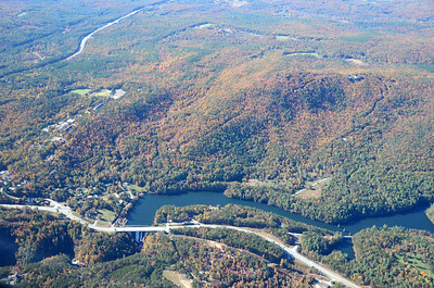 Lake Tallulah, Tallulah Dam, the upper end of Tallulah Gorge, and Highway 441