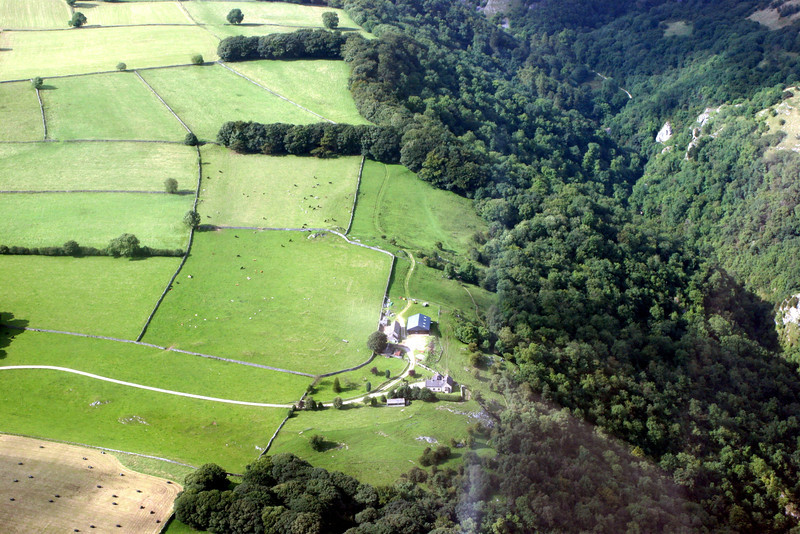 DOVEDALE 15 8 09 (1)