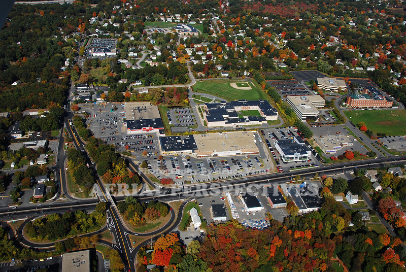 9&27 Shopping Center