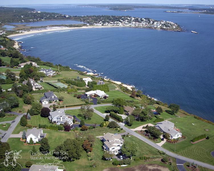 Anawan Cliffs, Bonnet Shores