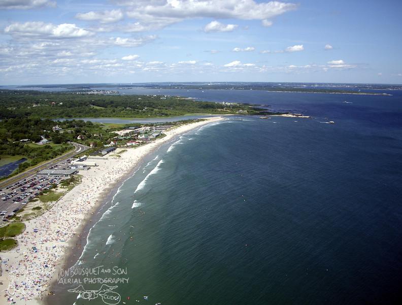 Narragansett Town Beach, Dunes Club