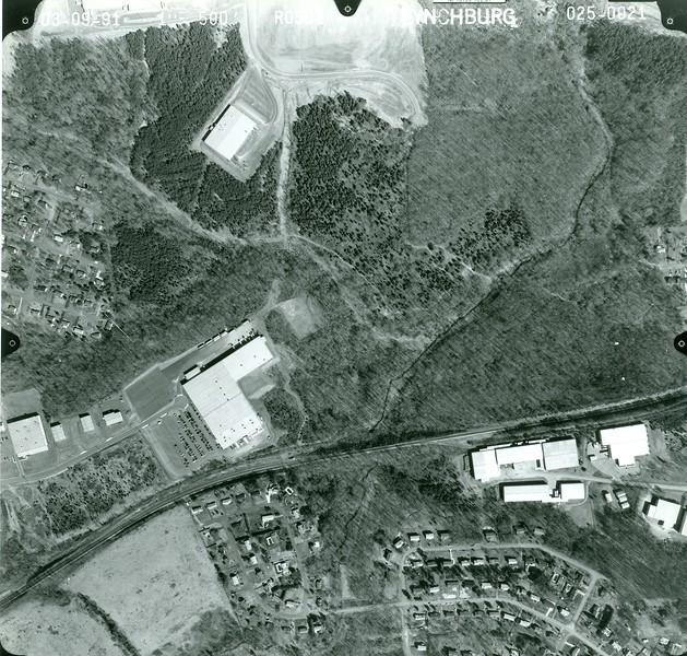 Aerial view of J. Crew (6669)