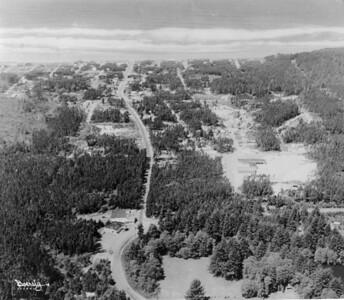 Manzanita from the east, taken 1950 by Boersig aerial studios.
