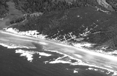 Taken 1939 by Brubaker aerial surveys. Courtesy Oregon Historical Society.