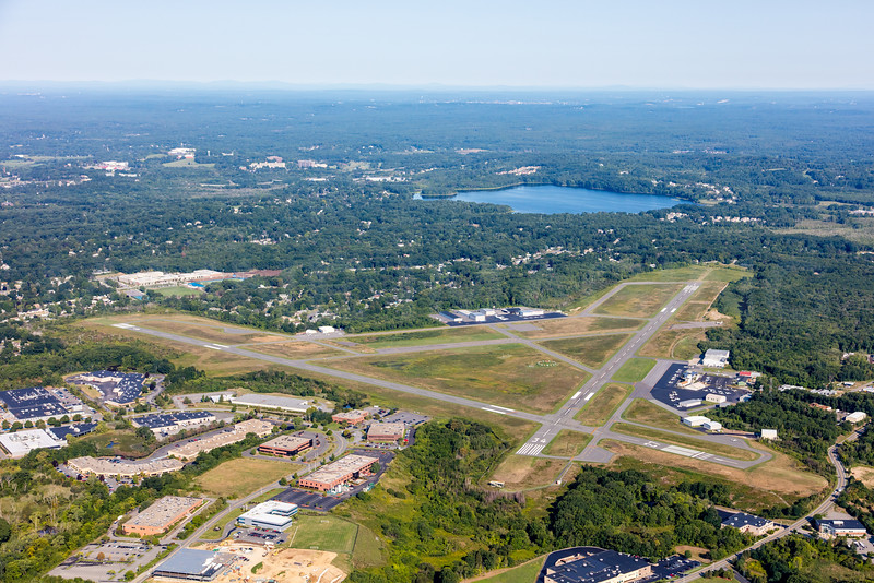 MIP AERIAL BEVERLY AIRPORT MA-2911