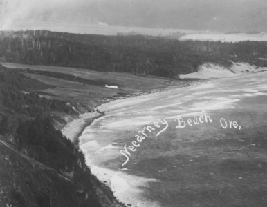 Taken 1909 by Benjamin Gifford, Oregon's leading landscape photographer of the early 20th century. Sam Reed, the developer of Neahkahnie, used Gifford photos for advertizing the new resort.