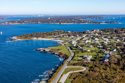 MIP AERIAL NEWPORT OCEAN AVE RAGGED POINT RI 102017-9608