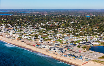 MIP AERIAL WESTERLY WINNAPAUG ROAD MISQUAMICUT BEACH RI 102017-0137