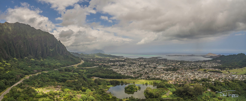 Looking North toward windward  town of Kanohe, Oahu and the Ko'olau volcano ridge.