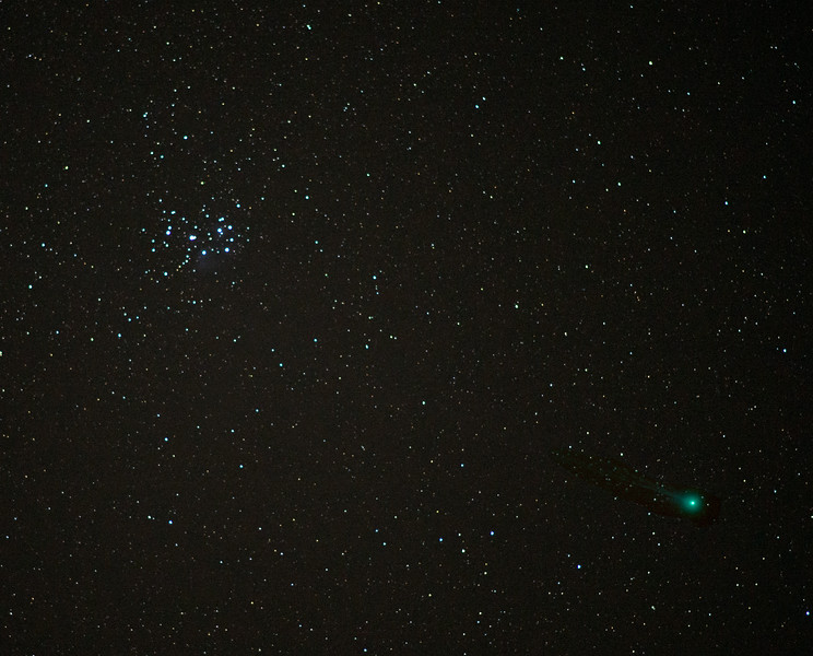 The Pleiades & Comet Lovejoy Photographed Jan 18, 2015 ( 85 mm, 3 Sec, ISO 1600, f/1.8)