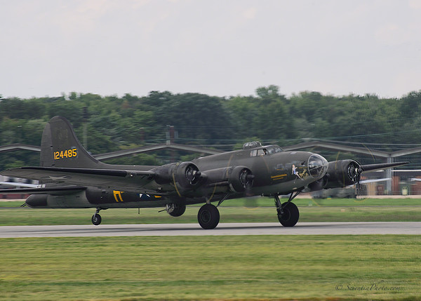 B-17 Taking Off from Martin Airfield in Baltimore, MD