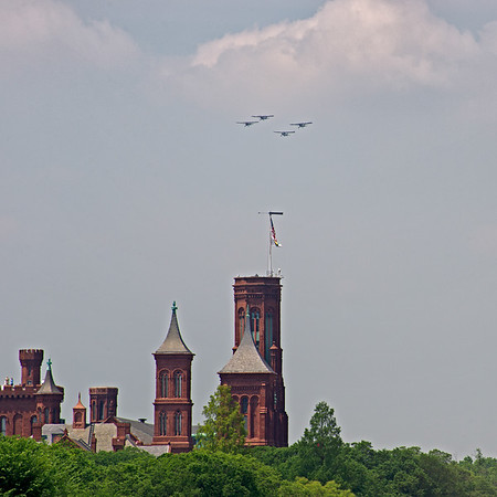 Observation Planes Fly Over the Smithsonian Castle