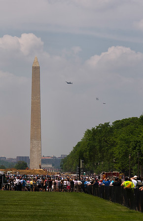 B-24 Liberator & 3 P-51 Mustang Escorts Approach the Washington Monument
