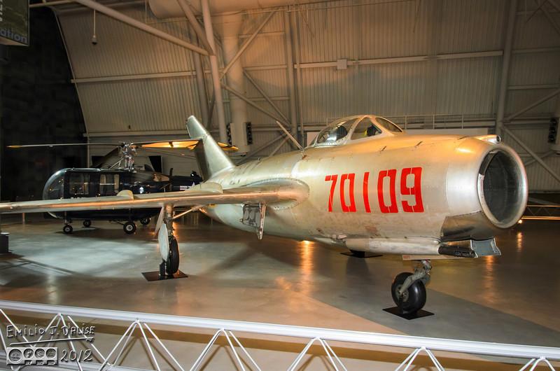"<a href=""http://en.wikipedia.org/wiki/Mikoyan-Gurevich_MiG-15"">http://en.wikipedia.org/wiki/Mikoyan-Gurevich_MiG-15</a>"