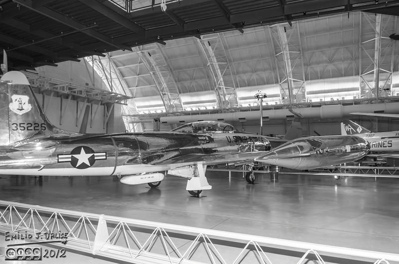"""<a href=""""http://en.wikipedia.org/wiki/Lockheed_T-33A_Shooting_Star"""">http://en.wikipedia.org/wiki/Lockheed_T-33A_Shooting_Star</a>"""