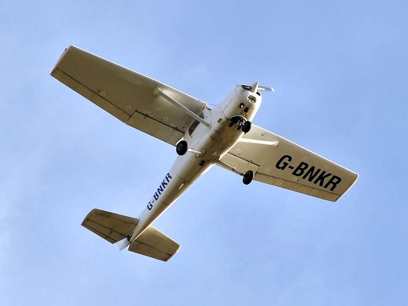 Cessna 152, G-BNKR