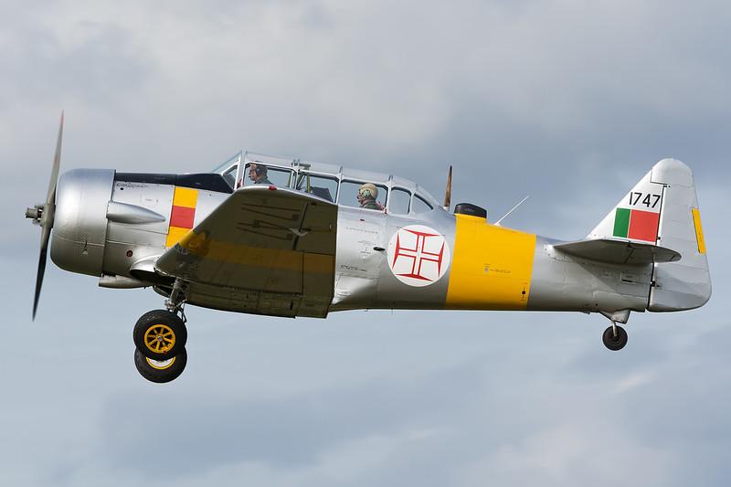 North American AT-6D Harvard/Texan 1747 G-BGBP