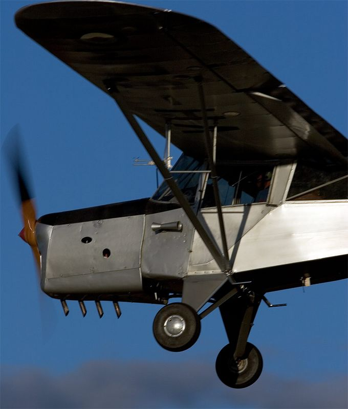 An Auster on very short finals at Temora.