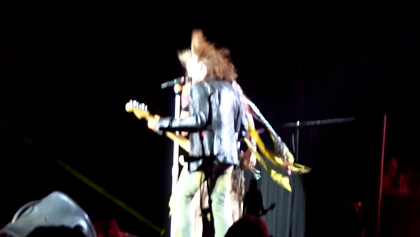 Aerosmith Live video * click to view gallery *