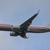 Date:  10/29/15 - Location:  KMCO<br /> Dep/Arv/Enr:  Arv - RW/Taxi/Ramp:  RW18R<br /> Manufacturer:  Boeing <br /> Model:  B737-823 - Reg/Nmb:  N953AN<br /> Misc: