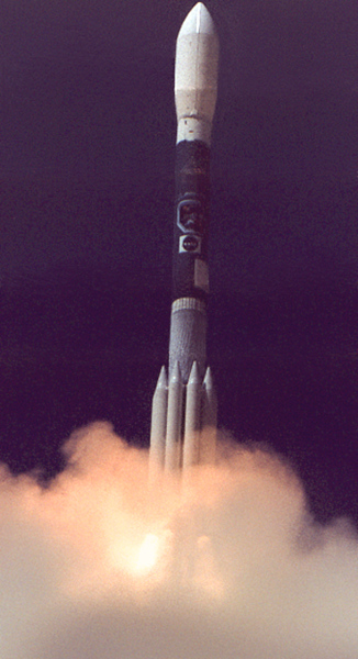 Boeing Delta ll with LandSat 7 launches from Vandenberg AFB. CA. 04-15-1999
