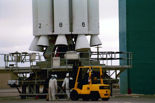 ULA Delta ll launches Nasa's Aqua Satellite 05-04-2002