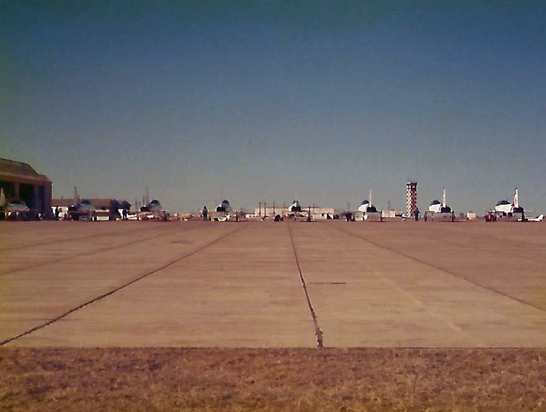 Date: 1980 - Location: KSPS<br /> Dep/Arv/Enr: n/a - RW/Taxi/Ramp: Transient ramp<br /> Manufacturer: Northrop<br /> Model: T-38A - Ser/BuNo: unknown<br /> Unit: USAF Aerial Demonstration Team<br /> Misc: