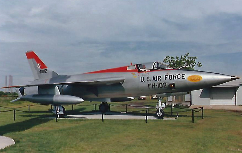 Date: unknown - Location: Mobile, AL<br /> Manufacturer:  Republic<br /> Aircraft: F-105B-1-RE<br /> Mil Reg:  54-0102 - Civ Reg: n/a<br /> Markings: US AIR FORCE/FH-102/40102<br /> Misc: