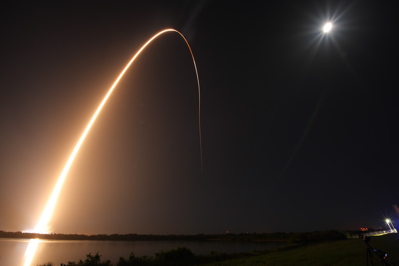 IMAGE: https://photos.smugmug.com/Aerospace/Rockets/AFSPC-6/i-VRRDM53/0/L/2016_08_19_00_52_01_1D3_8513-L.jpg
