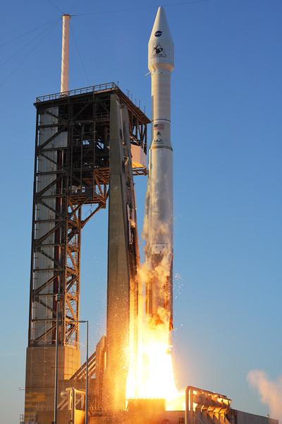 IMAGE: https://photos.smugmug.com/Aerospace/Rockets/OSIRIS-REx/i-5pmrx82/0/L/2016_09_08_19_05_59_40D_9804-L.jpg