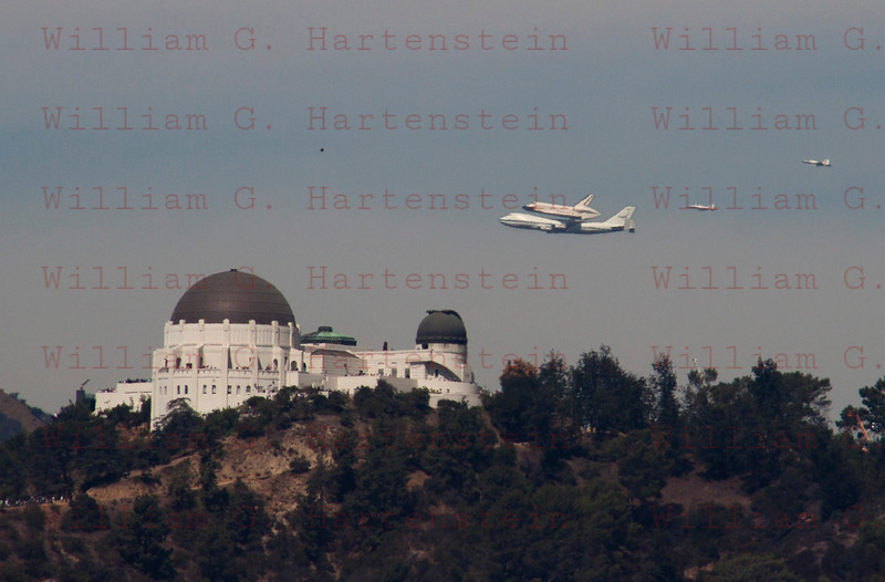 NASA905/Endeavour and  NASA F-18's flyby over Griffith Park Observatory in Los Angeles, CA Sept. 21, 2011