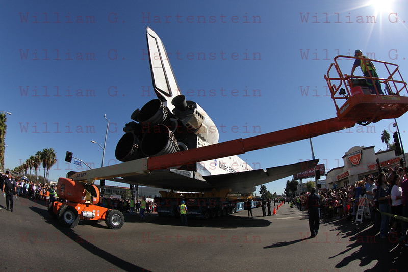 OV-105 Endeavour on Martin Luther King Blvd at Vermont. Oct. 14, 2012