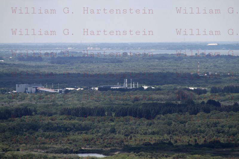 NASA VisitorCenter KSC from VAB