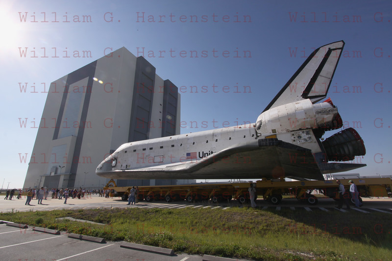STS-135 Atlantis rolls out of OPF to VAB for the last time May 17, 201