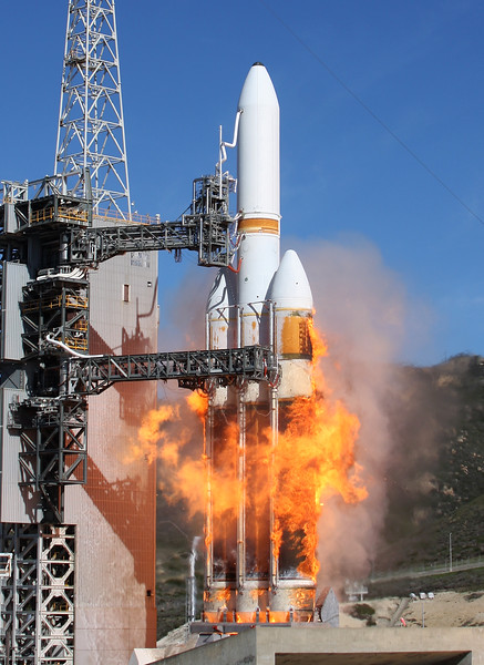 VANDENBERG AIR FORCE BASE, Calif. - The first West Coast Delta IV Heavy<br /> Launch Vehicle was launched from Space Launch Complex-6 here Jan. 20, 2011 at 1:10<br /> p.m. PST. The largest rocket ever to launch from the West Coast of the United States<br /> carried a national security payload for the National Reconnaissance Office.