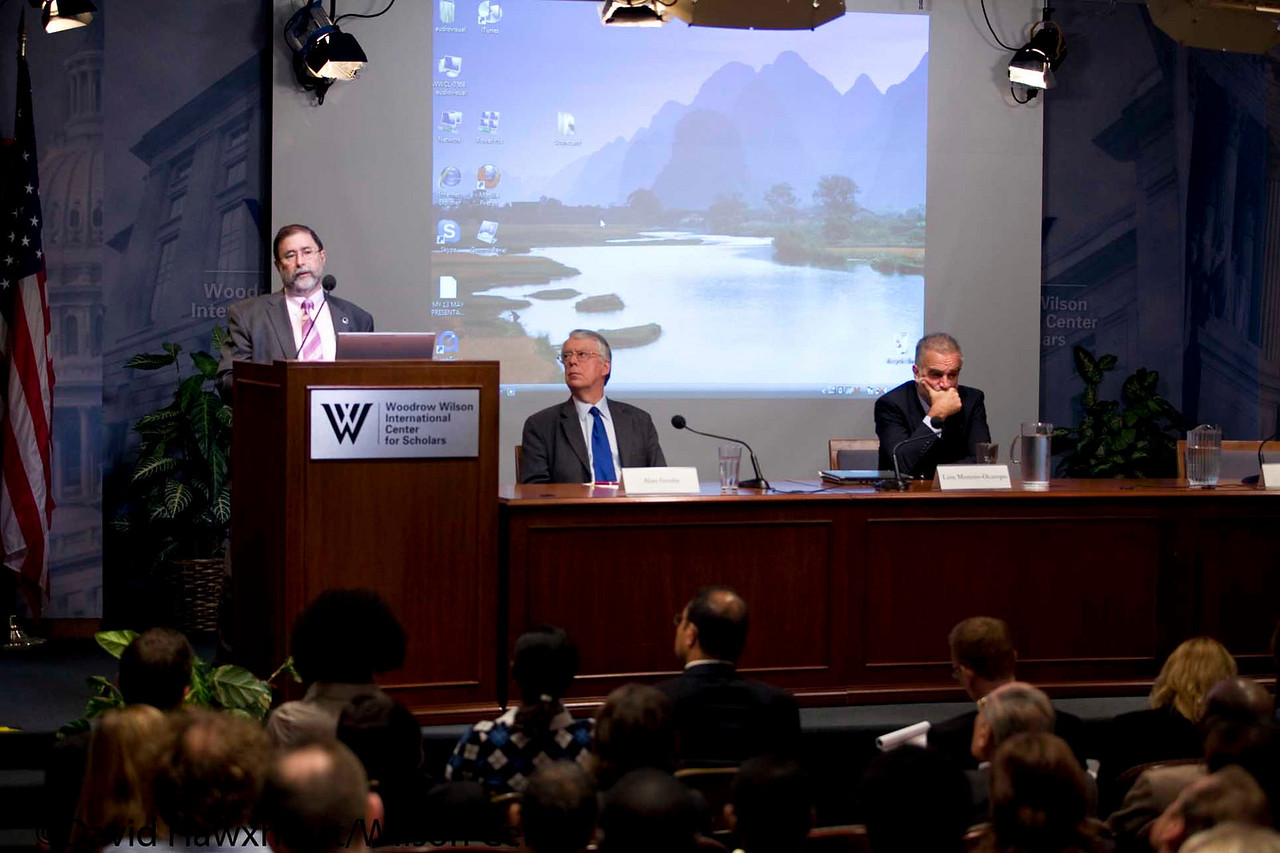 Director's Forum: Sudan and the ICC<br /> <br /> Speaker(s): Luis Moreno Ocampo, Don Kraus, Alan Goulty