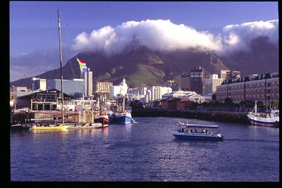 Cape Town harbor (1)