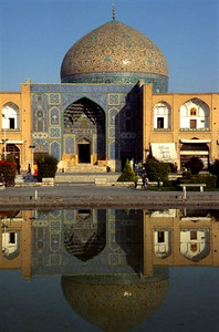 Sheikh Lotfollah Mosque in Imam Square in Esfahan