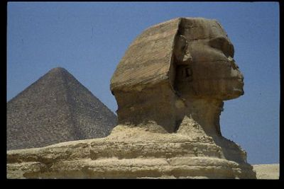 Sphinx and Pyramid of Khufu