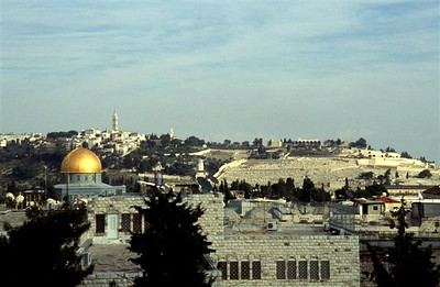 View from central Jerusalem of the Mount of Olives in the distance with its Jewish and Christian cemeteries, Temple Mount with the Dome of the Rock, Haram esh-Sharif mosque