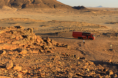 Sonnenuntergang naht in der Nubischen Wüste