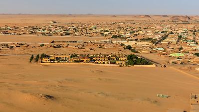 Blick auf Karima vom Berg Barkal (Jebel Barkal)