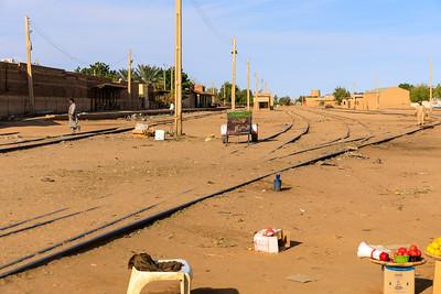 Gleise am Karima Bahnhof, Sudan